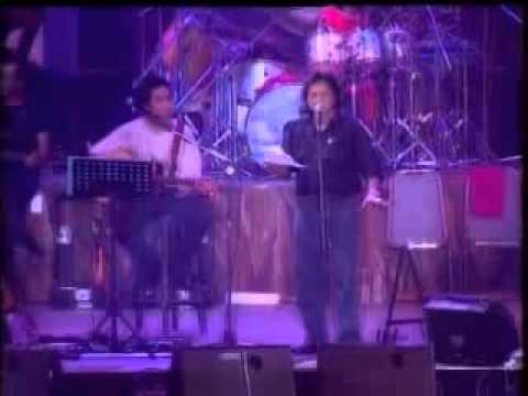 Iwan Fals   Balada Pengangguran + Kecoak Pembangunan   Live 1998