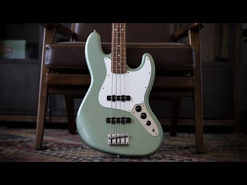 Fender Player Series Jazz Bass - Demo and Features
