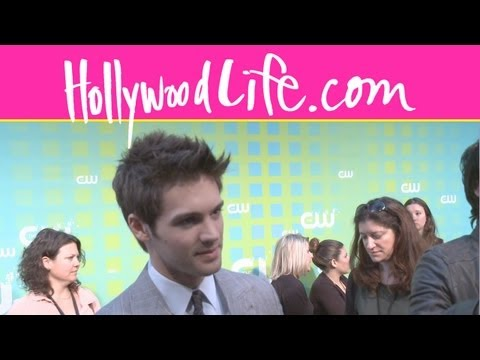 'Vampire Diaries' Season 4: Steven R. McQueen Interview - YouTube