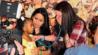 Женщина не смогла сдержать слез, когда встретилась с девочкой, в которой билось сердце ее сына...