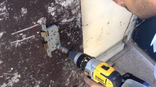 Lever Lock Unlocking By Drilling Amp Jiggling