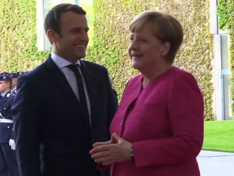 Raw: Macron Arrives in Berlin to Meet Merkel
