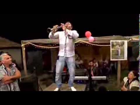 Болгарско-турецкий кларнетист рвет кларнет! Супер техника!
