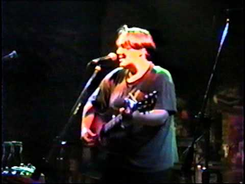 kristen hall: 1992-06-11 cbgb's - new york, new york