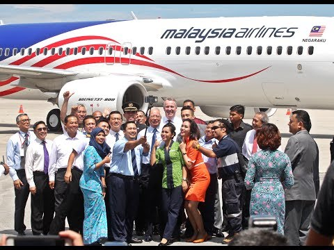 Najib blames Malaysia Airlines 'nightmare' on a past PM