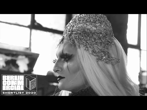 Queens behind the Scenes. - Vyra Productions -