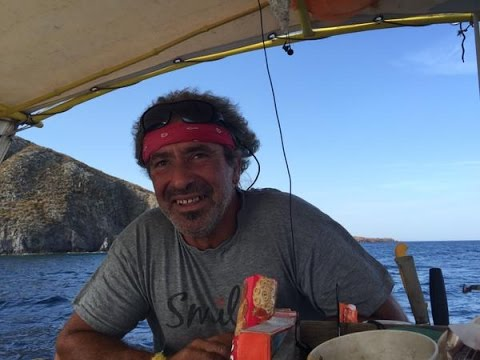 Greek boat captain helps migrants at sea
