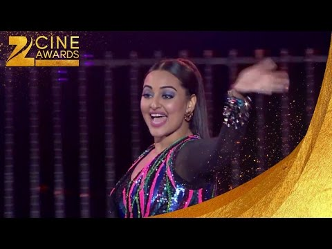 Sonakshi Sinha Performing at Zee Cine Awards 2016