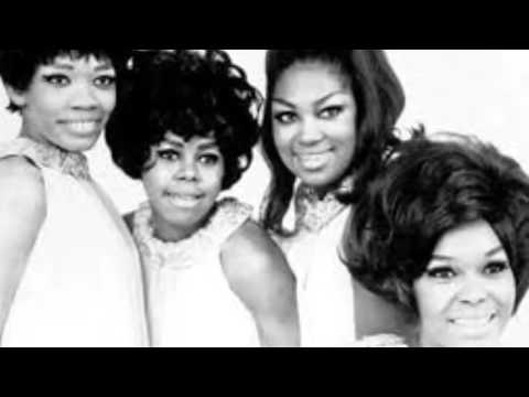 "The Shirelles. ""The things i want to hear.""  (Pretty words.) Ballade girls groupe . Pierot"