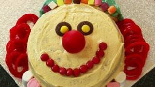 How To Make The Perfect Clown Cake