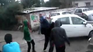 DESI BOYS PRANKING HARLEEM SHAKE IN KANGRA (HIMACHAL PARDESH)
