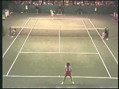 Chris Evert beats Bonnie Gadusek in Classic Ice Maiden Match - 1983 Deerfield Final