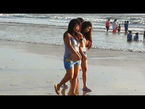 Juhu Sea Beach/Mumbai/India(arabian sea)