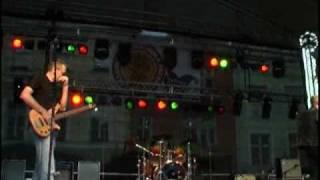 Süütu Vanaema (live) Nimilaul