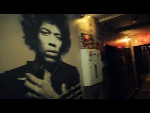"Blues Cafe ""Jimi"" in Ufa, Russia. ""Real Russia"" ep.58"