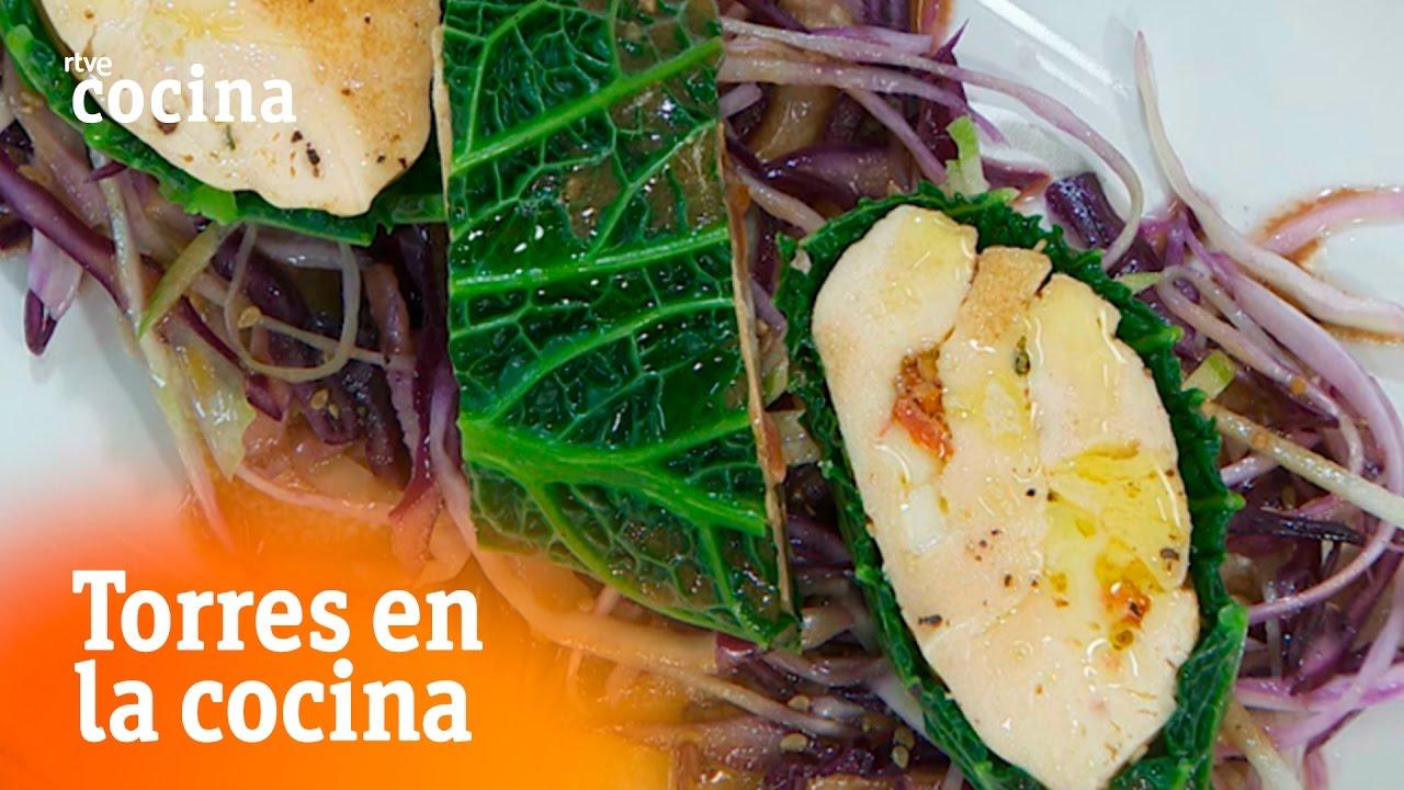 Ensalada de col y manzana con pollo torres en la cocina for Torres en la cocina youtube