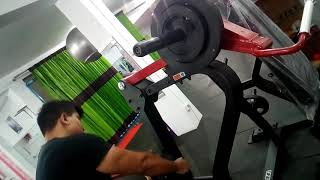 Shoulder Press 90 Kg 6 Reps 2nd Set.     Go Hard Or Go Home