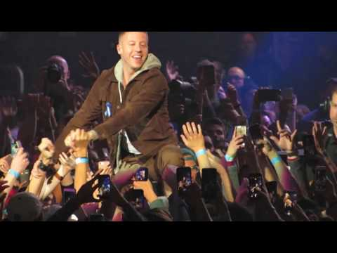 """""""Can't Hold Us"""" - Macklemore - #Welcome! Concert for ACLU by ZEDD - Los Angeles, CA - 04/03/2017"""