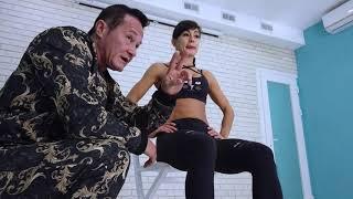 Упражнения с резиной для коленей и тазобедренных суставов