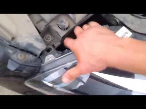 Замена лампочки ближнего света фокус 3. Ford Focus 3