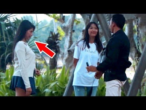 Lagu Video Prank Cewek Mandangin Cowok Gak Kenal!! Terbaru