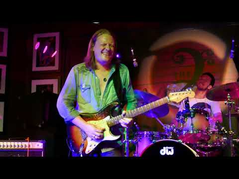 Matt Schofield 2018 04 15 Boca Raton, Florida - The Funky Biscuit - with guest John Popper