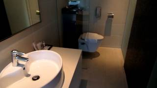 REVIEW WANGZ HOTEL Singapore. Pretty room