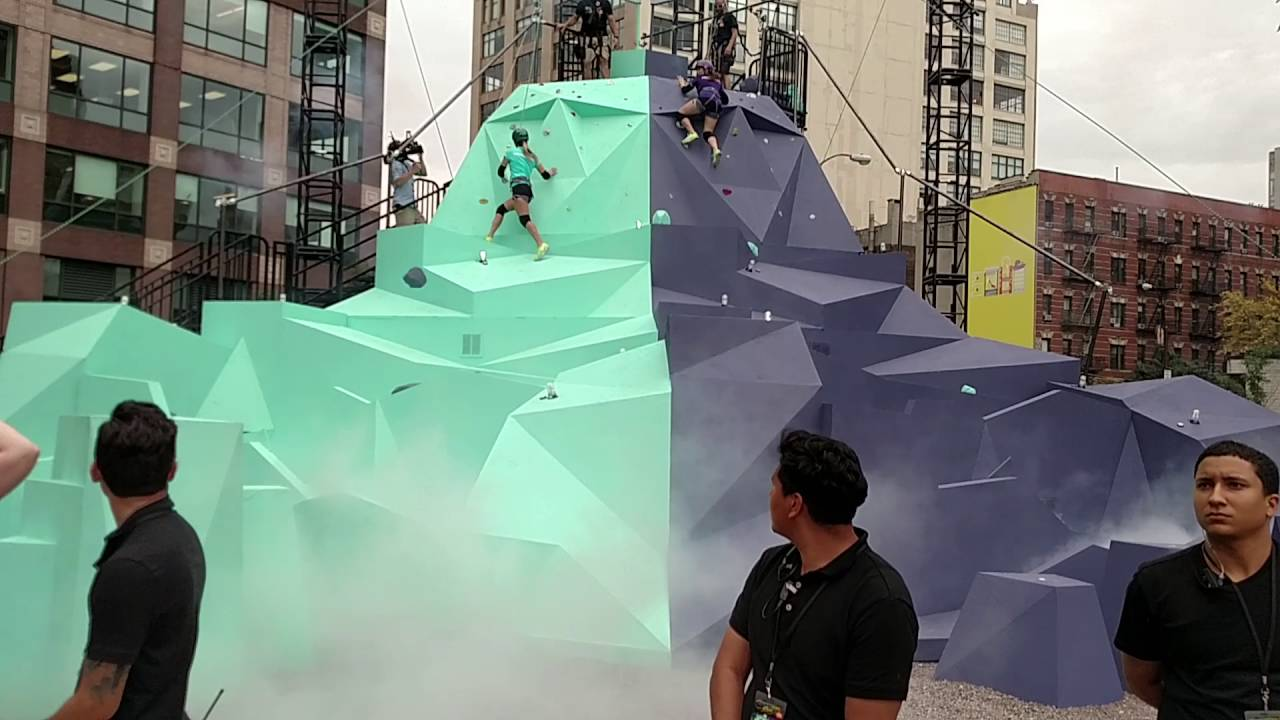 Mtv Challenge Vets Jenna And Camilla On The Dewggro Crag