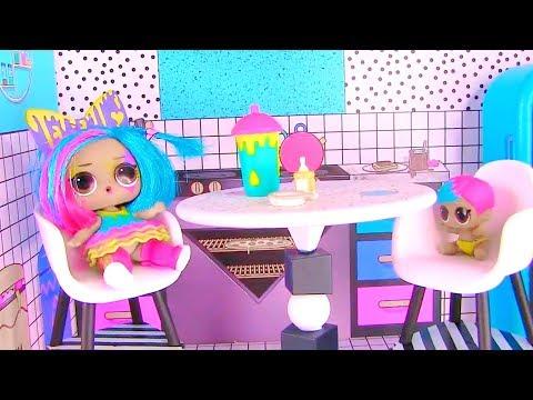 видео: Куклы Лол Сюрприз! Завтрак с Плей До и урок рисования lol мультик! Видео для детей shopkins