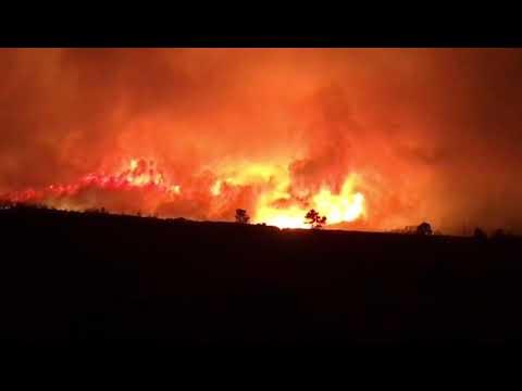 Un incendio forestal afecta al concello de Muras