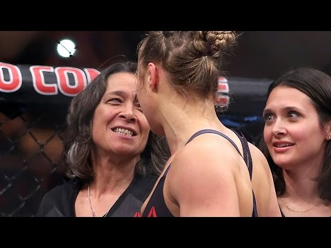 Ronda Rousey's Mom Says She Predicted Holly Holm Would Knock Her Out