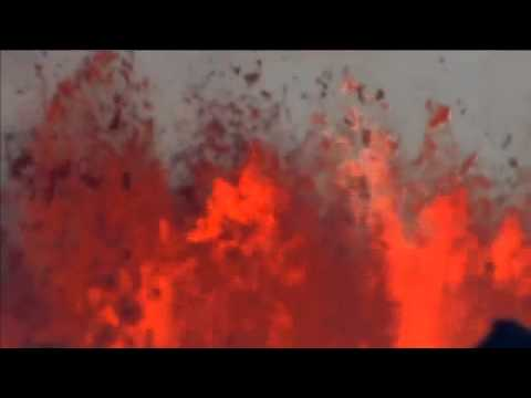 Iceland`s Bardarbunga volcano continues dramatic lava eruption - BBC New