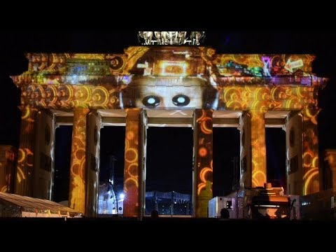 Brandenburger Tor Light-Show Berlin leuchtet 30.9.2017