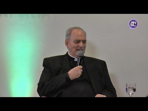 Conferencia de prensa del monseñor Marcelo Sánchez Sorondo