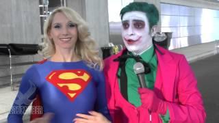 supergirl meets joker at new york comic con 2014