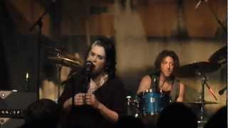 Beth Hart - Don't Explain (Live At New Morning Paris, 6th march 2012) Mp3