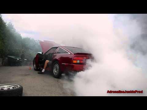 Seafoam Smokeshow: Nissan 300ZX Smokin Out the Neighbourhood (Gas Mask Required)