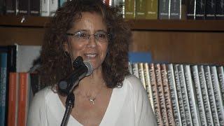 Maria del Pilar Casas - Noche de poesía y guitarra en Books & Books