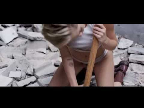 Miley Cyrus - Wrecking Ball (Afrojack Remix)