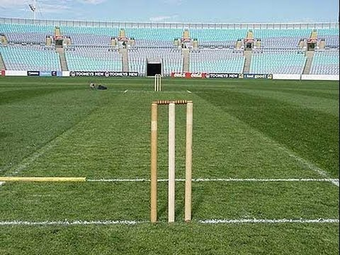 Laws Of Cricket Length Of Cricket Pitch Youtube