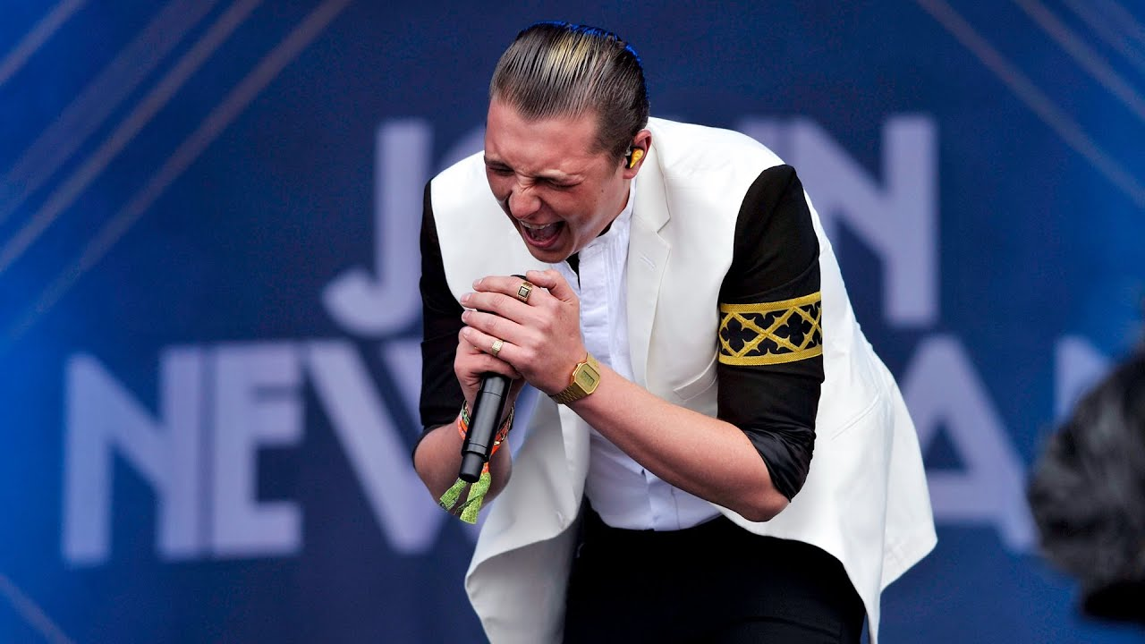 John Newman - Cheating at Glastonbury 2014