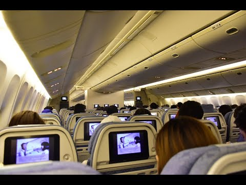 Economy Class | Cathay Pacific CX715 Hong Kong to Singapore Boeing 777-200 (Review #31)
