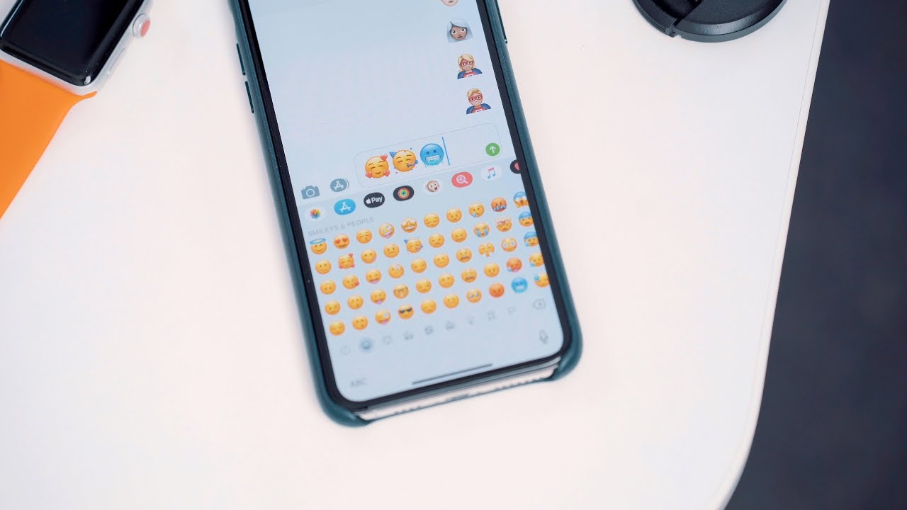 How to add new emoji to iphone xr