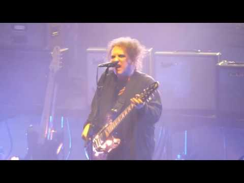 The Cure - Killing an Arab (Wembley Arena 01-12-16)