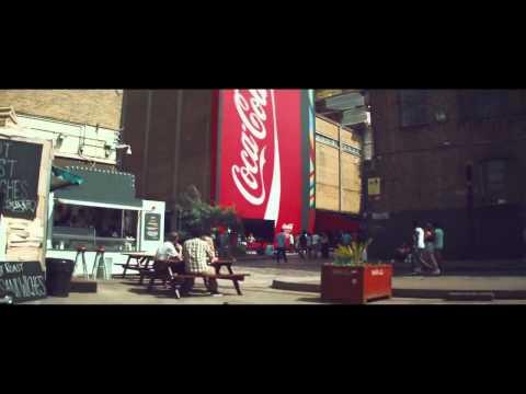 Celebrate London 2012 With Coca Cola's Biggest Vending Machine