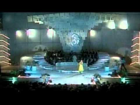 "Alina Mavrodin - Mamaia 87 melodia 2 ""Sa alergam prin ploaie"