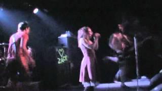 Flyleaf - Breathe Today live at Juanita