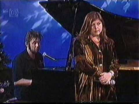 Shane MacGowan Pogues  Kirsty MacColl - Fairytale Of New York - On The Jack Doherty Show 1997