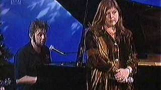 Shane MacGowan (Pogues) & Kirsty MacColl - Fairytale Of New York - On The Jack Doherty Show 1997