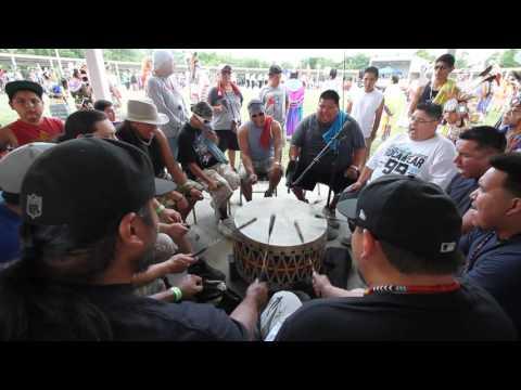 Meskwaki Nation Flag Song 2016 Prairie Band Potawatomi Powwow